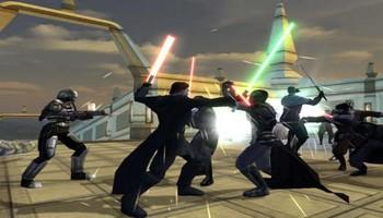 Combat avec des sabres lasers comme dans les films